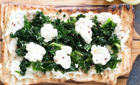 Grilled Lemon Kale Ricotta Flatbread Recipe