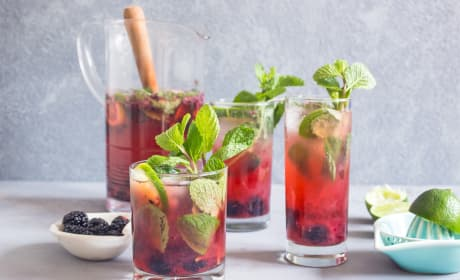 Blackberry Mojito Sangria Recipe