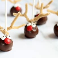 Reindeer Cake Pops Recipe