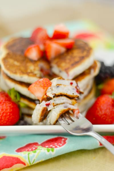 Gluten Free Pancakes with Berries Pic