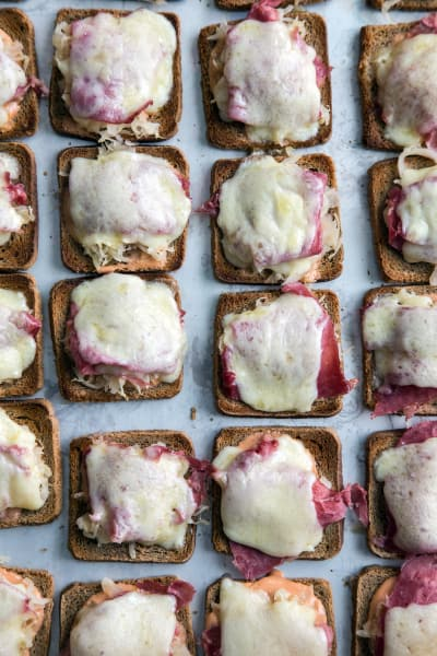 Mini Reuben Toasts Image