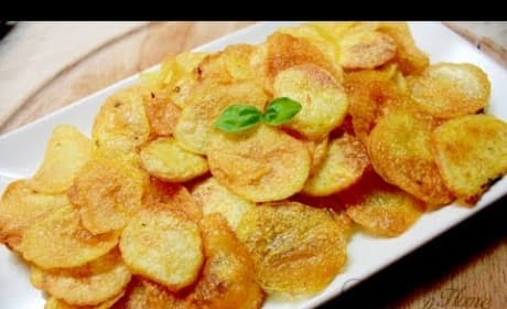How to Make Homemade Baked Potato Chips