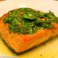 Salmon Filets with Lime Juice and Cilantro