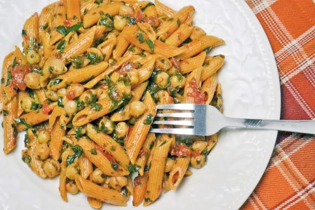 Pasta with Spinach and Beans Image