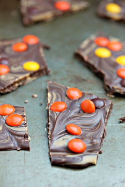 Reese's Pieces Chocolate Bark Pic