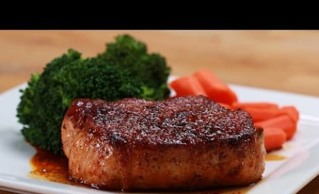 How to Make Easy Glazed Pork Chops