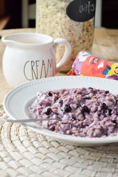 Blueberries and Cream Oatmeal Picture