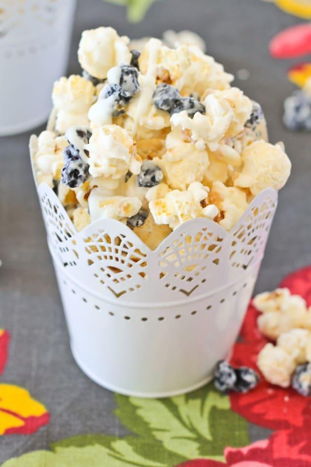 Blueberries & Cream Popcorn Picture