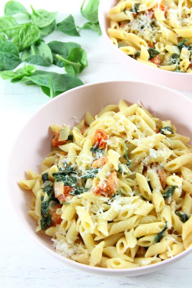 File 1 - Creamy Tomato Spinach Pasta