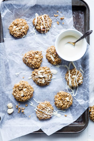 File 2 No Bake White Chocolate Macadamia Cookies