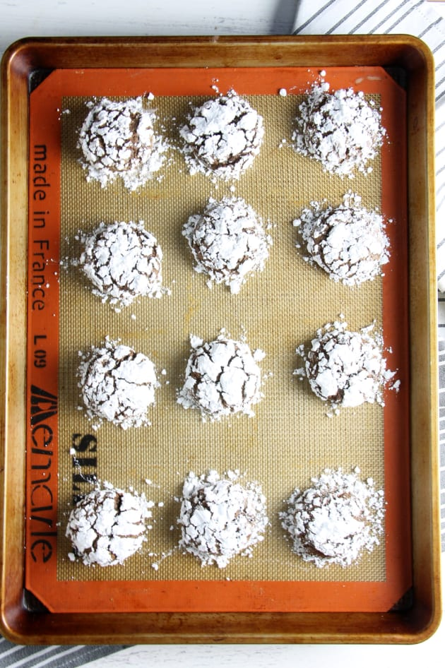 Chocolate Hazelnut Crinkle Cookies Pic