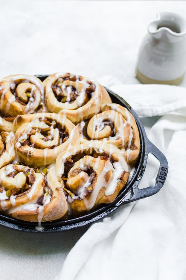 File 5 - Apple Cinnamon Rolls