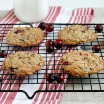 Cinnamon Chip Cranberry Oatmeal Cookies Recipe