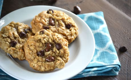 Gluten Free Oatmeal Raisinet Cookies Recipe