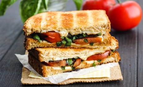 Toasted Caprese Sandwich Recipe