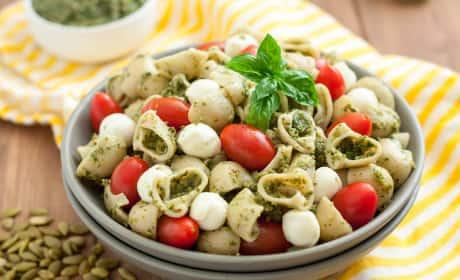Gluten Free Pasta Salad with Pumpkin Seed Pesto Recipe