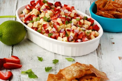 Fruit Salsa with Cinnamon Wonton Chips