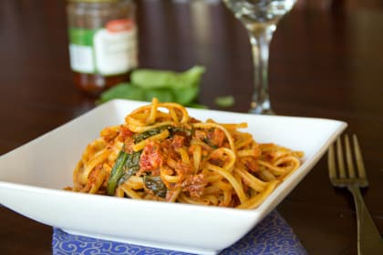 Sun-dried Tomato Pasta: Easy Peasy Dinner for Four