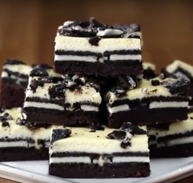 Cookies & Cream Brownie Cheesecake Bars