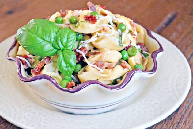 Tortellini with Peas and Prosciutto Pic