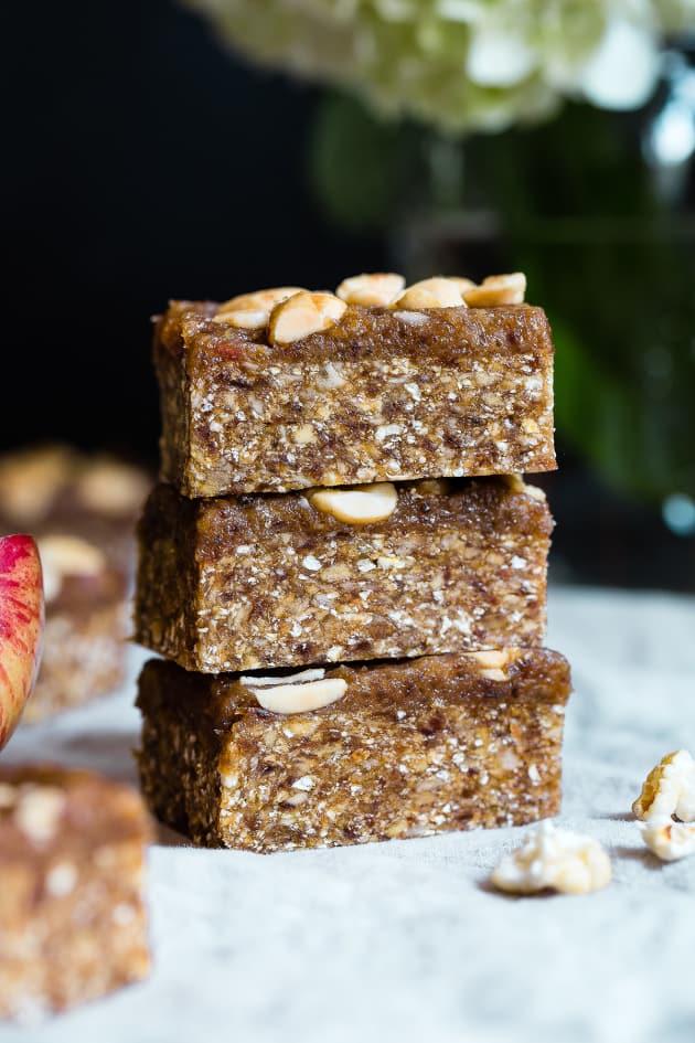 Caramel Apple Peanut Kettle Corn Bars Picture