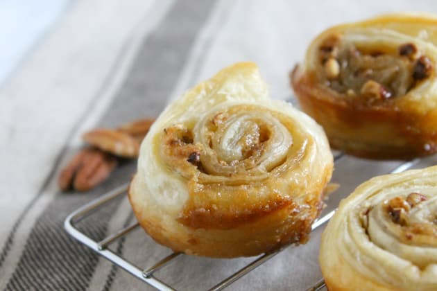 Pecan Pie Cinnamon Rolls Photo
