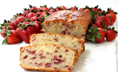 Strawberry Rum Pound Cake Photo