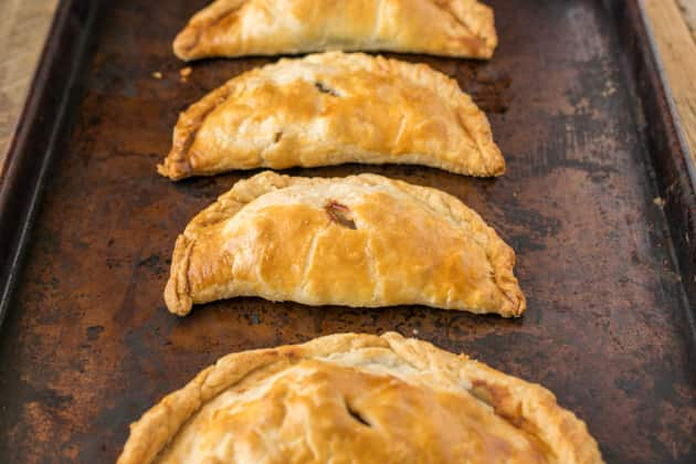 Traditional Cornish Pasty Pic