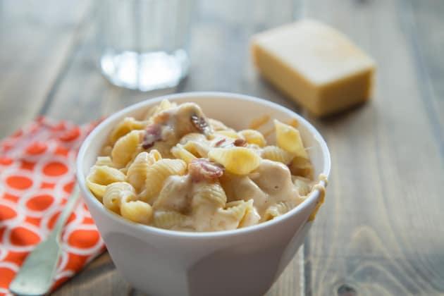 Healthy Mac and Cheese Recipe - Food Fanatic