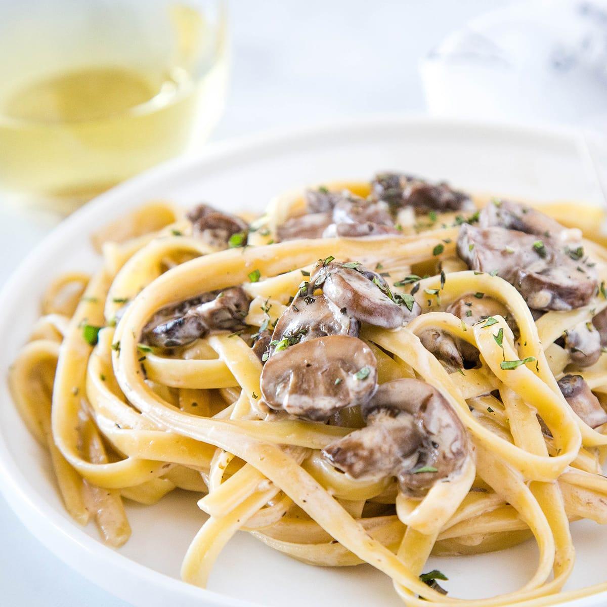 Creamy Mushroom Pasta Recipe Food Fanatic
