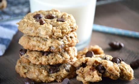 Gluten Free Oatmeal Raisinet Cookies Image
