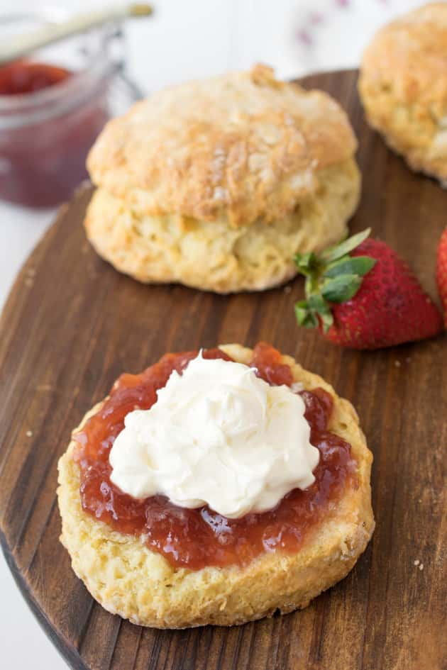Classic English Scones - Food Fanatic