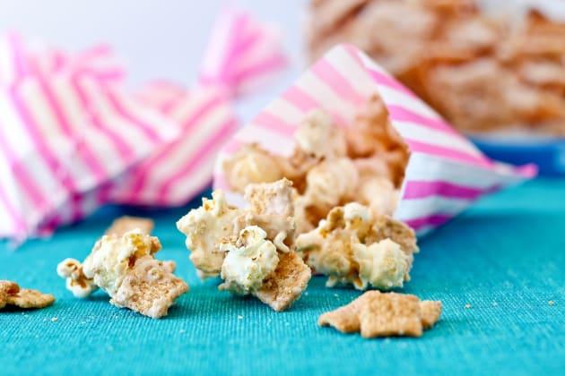 Cinnamon Toast Crunch Popcorn Pic
