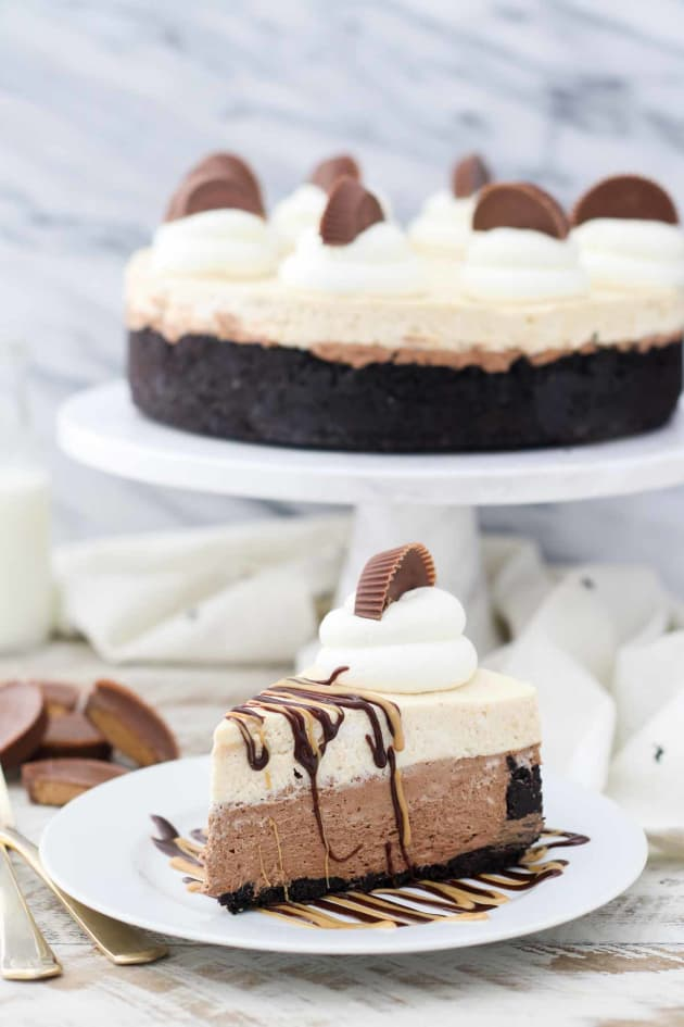 Peanut Butter Chocolate Mousse Pie Picture