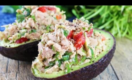 How to Make Healthy Tuna Stuffed Avocado