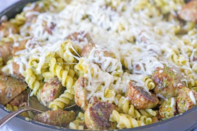 Pesto Pasta with Meatballs Pic