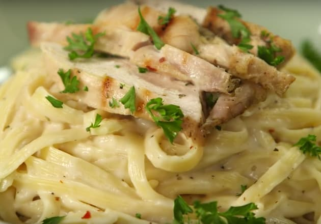 Creamy Chicken Alfredo