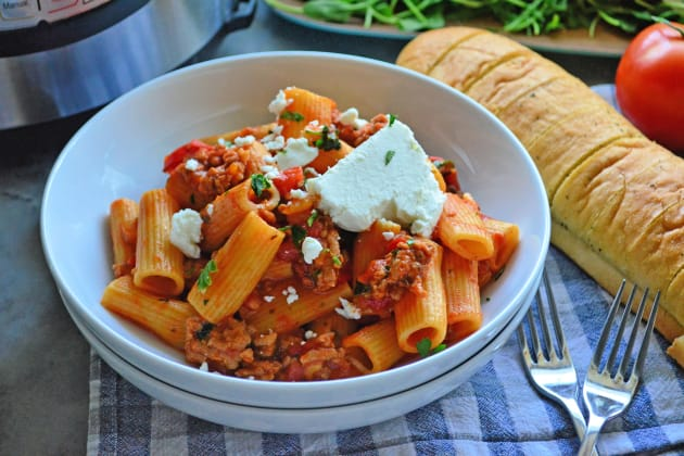 File 2 - Instant Pot Sausage & Rigatoni with Goat Cheese