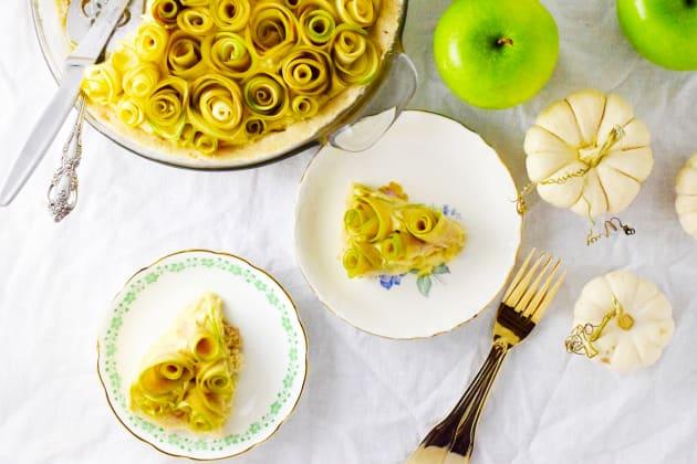 Apple Rose Tart Image