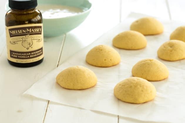 Vanilla Cookies with Vanilla Bean Glaze Photo