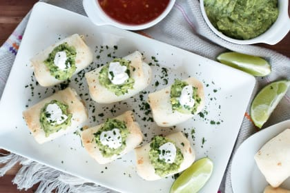 Baked Mini Chimichangas with Creamy Spicy Guacamole