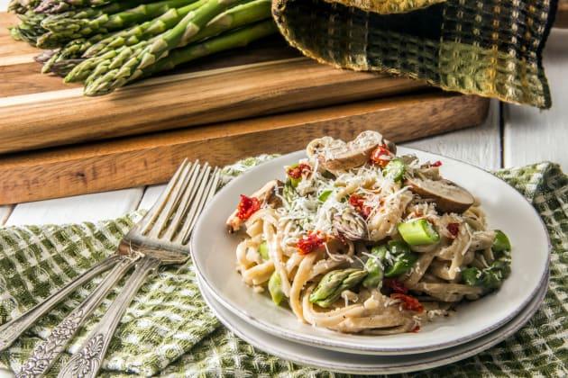 Creamy Asparagus Pasta Image