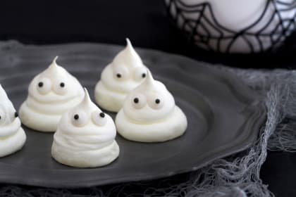Meringue Ghost Cookies