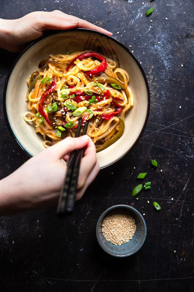 Honey Garlic Instant Pot Noodles Image