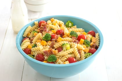 Bacon Cheddar Ranch Pasta Salad