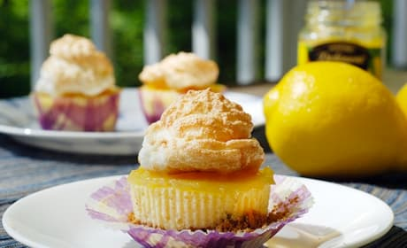 Mini Lemon Meringue Cheesecakes Photo