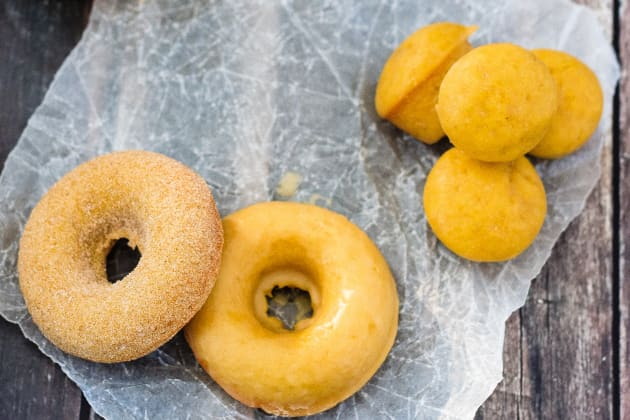 Baked Pumpkin Spice Donuts Image
