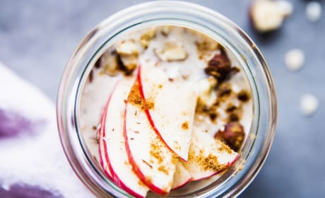 Apple Cinnamon Overnight Oats Photo
