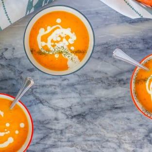 Carrot soup photo