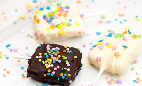 Chocolate Dipped Lemon Oreo Ice Cream Bars Recipe